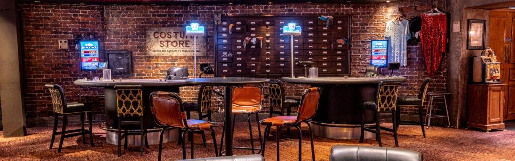 Lola's Casino - Venue Guide